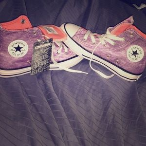 Purple high top converse for girls size1